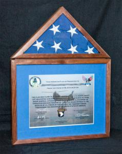 Flag-case-and-certificate-frame-1